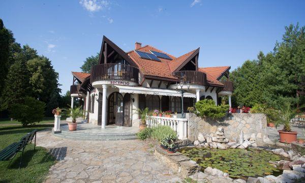Zsanett Hotel - Balatonkeresztúr - A épület