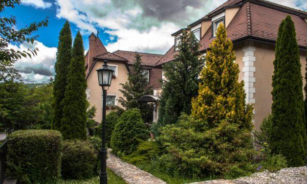 Kikelet Club Hotel - Miskolctapolca - Hátsó bejárat