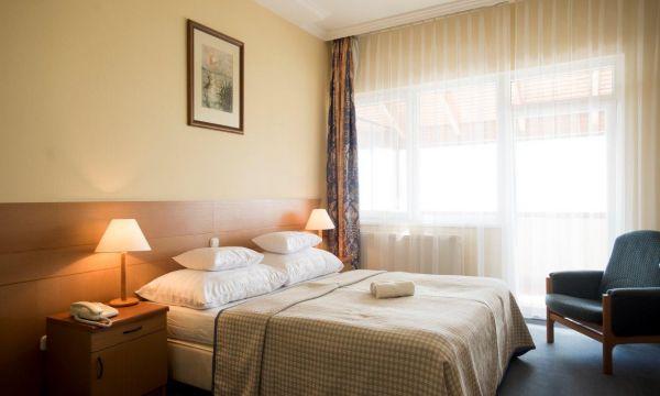 Hotel Marina-Port - Balatonkenese - Balatoni panorámás, erkélyes kétágyas szoba