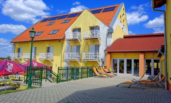 Fried Kastélyszálló Resort - Simontornya - 23