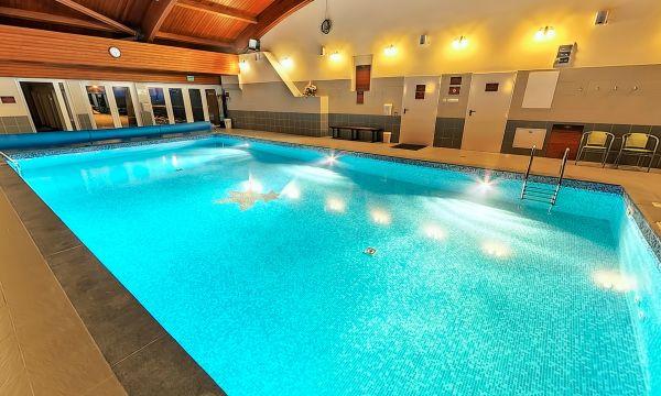 Fried Kastélyszálló Resort - Simontornya - Beltéri úszómedence