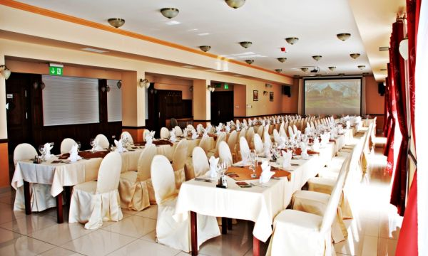 Fried Kastélyszálló Resort - Simontornya - 12