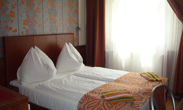Hotel Pávai - Hajdúszoboszló - 9
