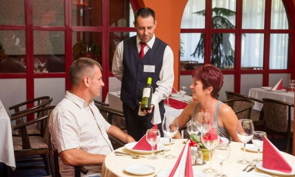 Hotel Nagyerdő - Debrecen - 18
