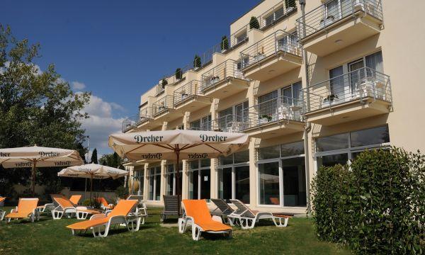 Két Korona Konferencia és Wellness Hotel - Balatonszárszó - Két Korona Hotel-Napozó terasz