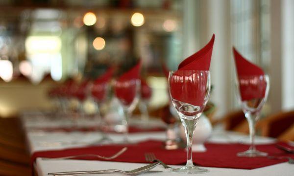 Két Korona Konferencia és Wellness Hotel - Balatonszárszó - Két Korona Hotel-Étterem
