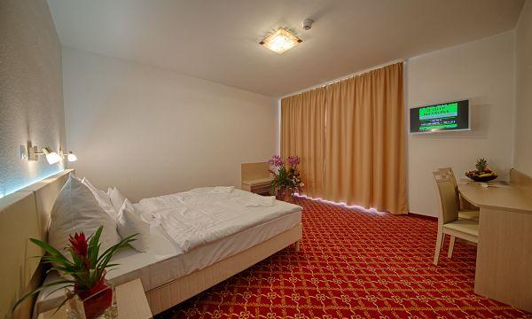 Két Korona Konferencia és Wellness Hotel - Balatonszárszó - Két Korona Hotel-Superior Kétágyas szoba erkéllyel-Mediterrán szárny