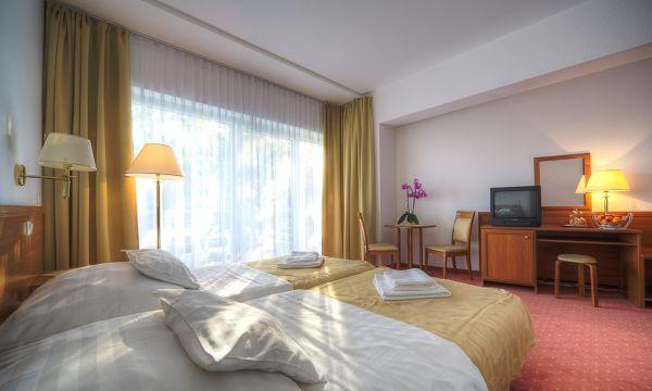 Két Korona Konferencia és Wellness Hotel - Balatonszárszó - Két Korona Hotel-Superior Kétágyas szoba erkéllyel-Főépület