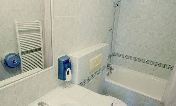 Aquilo Hotel Panoráma - Tihany - 26