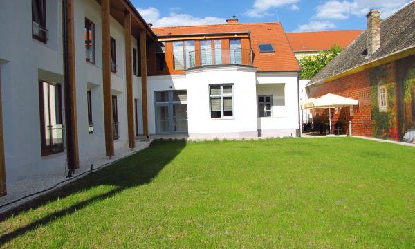 Pilvax Hotel - Kalocsa - 1