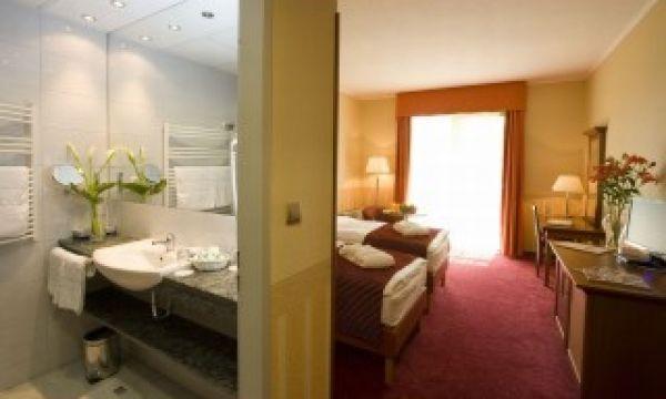 Balneo Hotel Zsori Thermal & Wellness - Mezőkövesd - Szoba és fürdőszoba