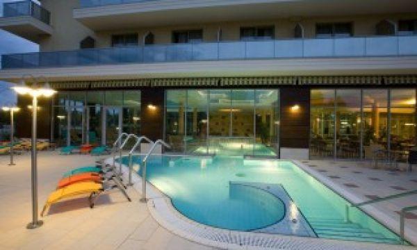 Balneo Hotel Zsori Thermal & Wellness - Mezőkövesd - Kültéri medence