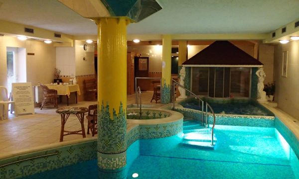 Hotel Korona Eger Rendezvény és Borszálloda - Eger - 2
