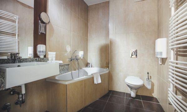 Caramell Premium Resort - Bükfürdő - Apartman szoba fürdő