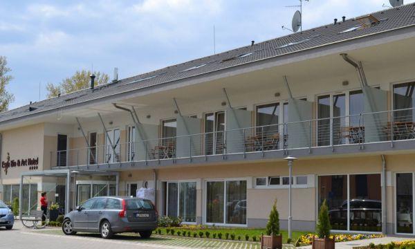 Szépia Bio & Art Hotel - Zsámbék - 1