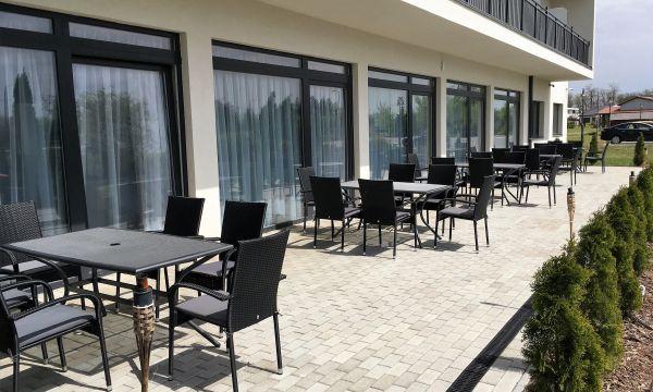 Garden Hotel Medical & Spa - Debrecen - Terasz
