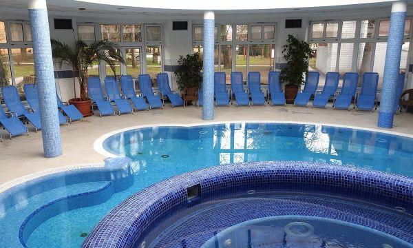 Puchner Kastélyszálló és Reneszánsz Élménybirtok - Bikal - Francia Élményfürdő