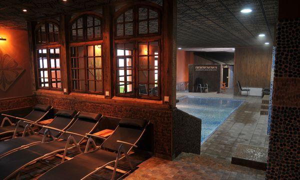Puchner Kastélyszálló és Reneszánsz Élménybirtok - Bikal - Palota fürdő