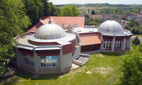 Puchner Kastélyszálló és Reneszánsz Élménybirtok - Bikal - Fürdőház