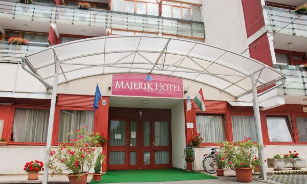 Majerik Hotel - Hévíz - Bejárat