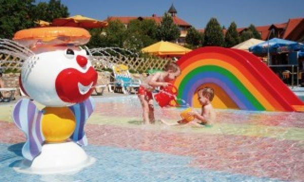 Kolping Hotel Spa & Family Resort - Alsópáhok - Szabadtéri babapancsoló