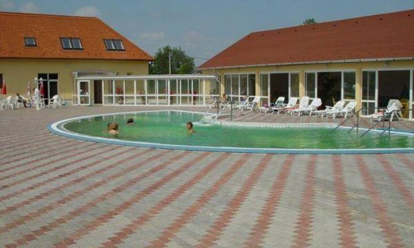 Festetich Kastélyszálló és Zsuzsanna Hotel - Szeleste - Wellness