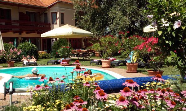 Zsanett Hotel - Balatonkeresztúr - 40