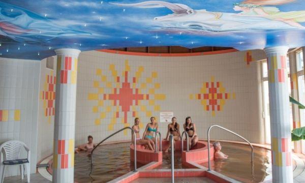 Hotel Silver - Hajdúszoboszló - Főépület- Termál-gyógyvizes medence