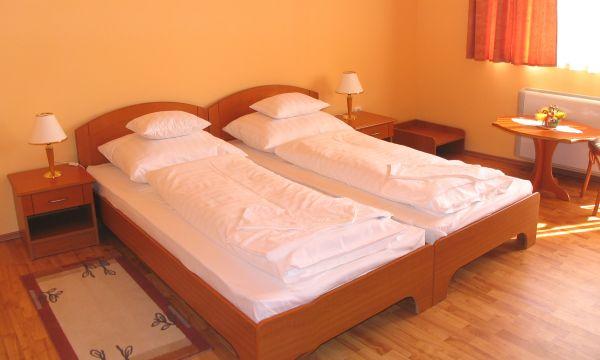 Karádi Boutique Hotel - Hajdúszoboszló - Classic kétágyas szoba
