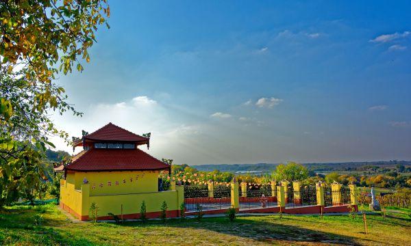 Fried Kastélyszálló Resort - Simontornya - Vietnámi Buddhista Szentély