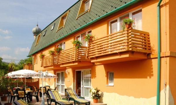 Karádi Boutique Hotel - Hajdúszoboszló - Terasz