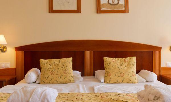 Hotel Karos Spa - Zalakaros - Erkélyes Superior kétágyas szoba (pótágyazható)