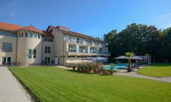Holiday Resorts - Balatonszárszó - 3