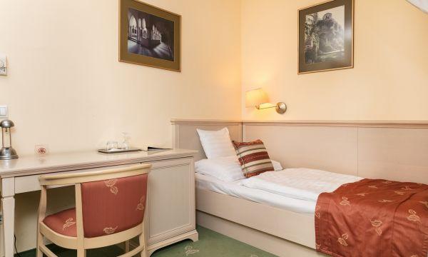 Hotel Kálvária - Győr - Superior 4* egyágyas szoba