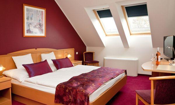 Hotel Kálvária - Győr - Standard 3* franciaágyas szoba