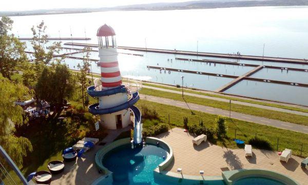Vital Hotel Nautis - Gárdony - kültéri medence