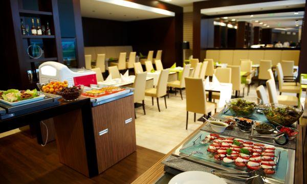Abacus Business & Wellness Hotel - Herceghalom - Étterem