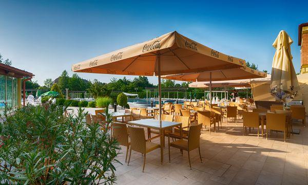 Hotel Karos Spa - Zalakaros - Pool Terrace