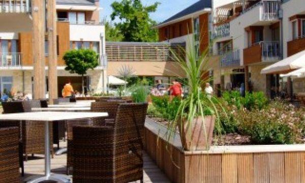 Hotel Silverine Lake Resort - Balatonfüred - Étterem terasz