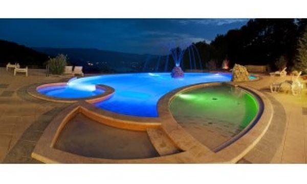 Hotel Silvanus - Visegrád - Kültéri medence egyedi kilátással