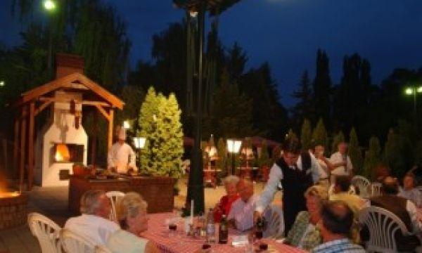 Hotel Nagyerdő - Debrecen - Étterem terasz