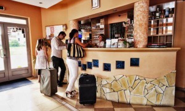 Hotel Viktória - Sárvár - Recepció
