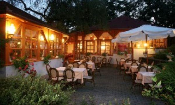 Hotel Villa Völgy - Eger - étterem terasz