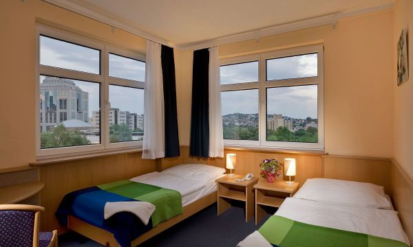Jagelló Hotel - Budapest - 24