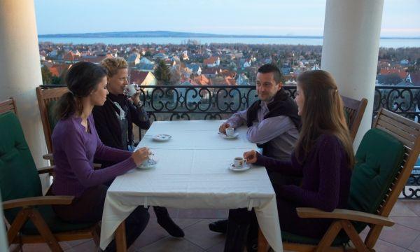 Zenit Hotel Balaton - Vonyarcvashegy - Étterem balkon