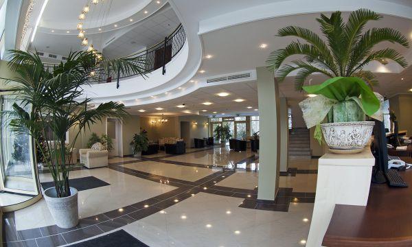 Calimbra Wellness és Konferencia Hotel - Miskolc - Fogadótér