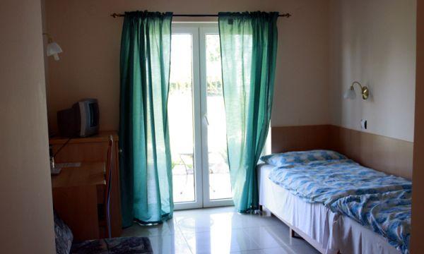 Hotel Dam - Fonyód - Akadálymentes szoba