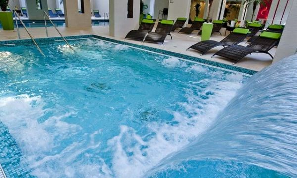 Abacus Wellness Hotel - Herceghalom - Wellness pezsgőfürdő