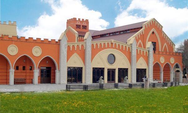 Puchner Kastélyszálló és Reneszánsz Élménybirtok - Bikal - Reneszánsz Palota