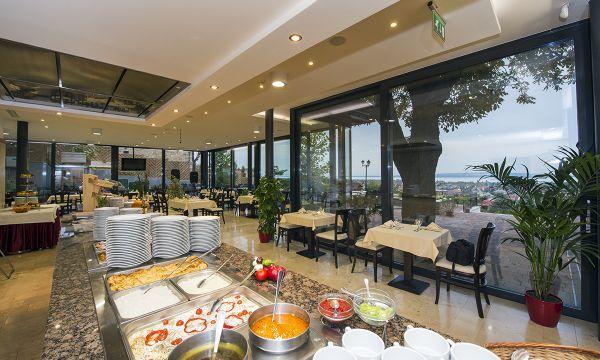 Zenit Hotel Balaton - Vonyarcvashegy - Étterem - Télikert